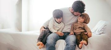 10 Hal yang Wajib Ayah Lakukan di Momen Menyapih Anak