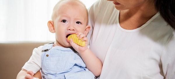 10 Rekomendasi Cemilan Bayi yang Sehat dan Enak