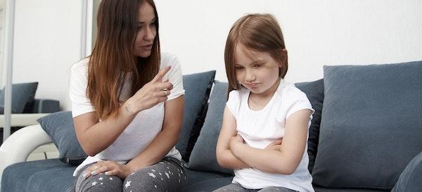 10 Tanda Orang Tua Narsis dan Cara Menghindarinya