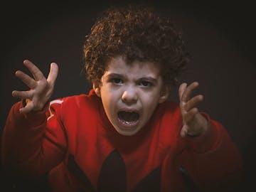 11 Manfaat Tersembunyi ketika Anak Tantrum