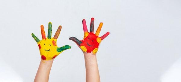 12 Ide Seru Sensory Play dan Manfaatnya Bagi Anak. Coba Yuk!