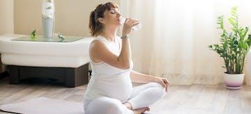 6 Minuman untuk Ibu Hamil yang Aman dan Tak Aman Dikonsumsi