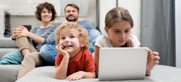 12 Rekomendasi Channel YouTube Untuk Anak yang Edukatif