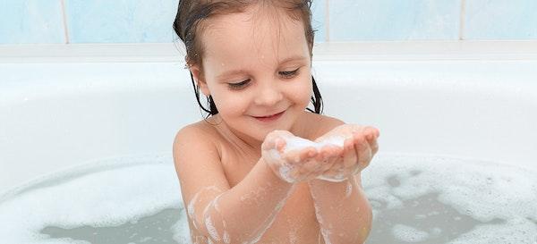 12 Rekomendasi Sabun Bayi dan Anak di Bawah dan di Atas 50 Ribu