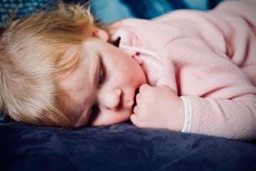 14 Hal Tentang Proses Menyusui Bayi yang Alergi Makanan