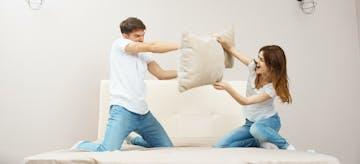 24 Ciri Tanda Hubungan Bermasalah dengan Pasangan
