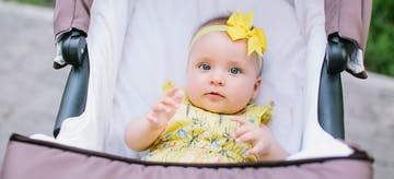 4 Syarat Agar Menjemur Bayi Aman Dilakukan