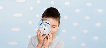 5 Manfaat dan Contoh Jadwal Harian Anak Usia 6 Bulan - 4 Tahun