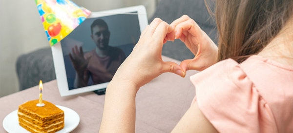 5 Tips Menjaga Pernikahan Jarak Jauh Tetap Romantis