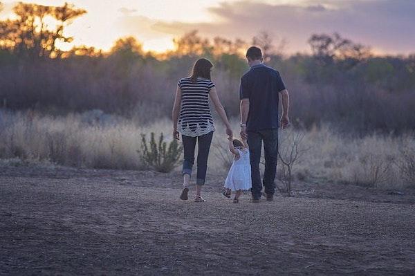 6 Cara Tepat Bertengkar di Depan Anak