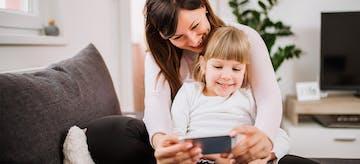 6 Etika Bersosial Media Yang Harus Diperhatikan Orangtua!