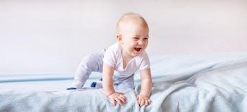 6 Gaya Bayi Merangkak dan Cara Menstimulasinya