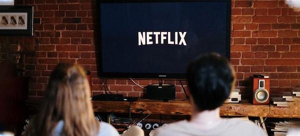 6 Rekomendasi Film Dewasa di Netflix yang Hot