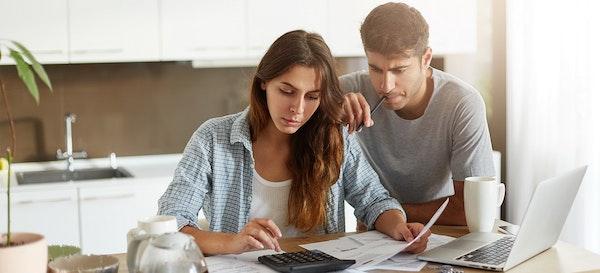 6 Tips Mengatur Keuangan Keluarga di Tengah Resesi Ekonomi