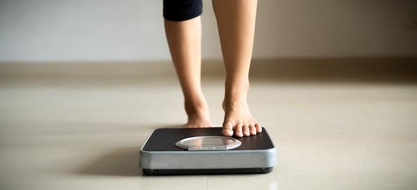 7 Cara Menurunkan Berat Badan yang Aman Setelah Melahirkan