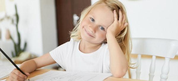 8 Cara Mengasah Perkembangan Kognitif Anak