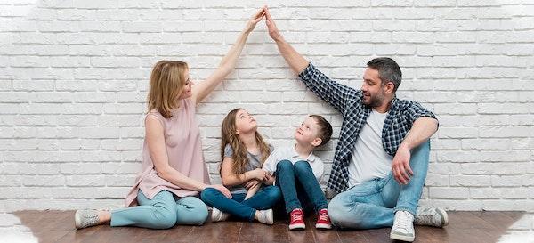 8 Kebutuhan Dasar Anak yang Perlu Orang Tua Ketahui