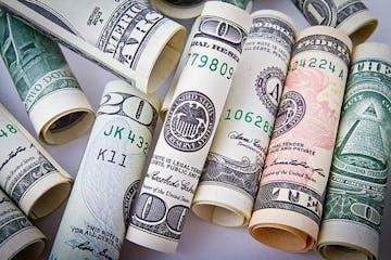 8 Masalah Keuangan Yang Bisa Mempengaruhi Hubungan Pernikahan