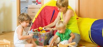 8 Tips Merawat Anak dengan Jarak Usia Dekat