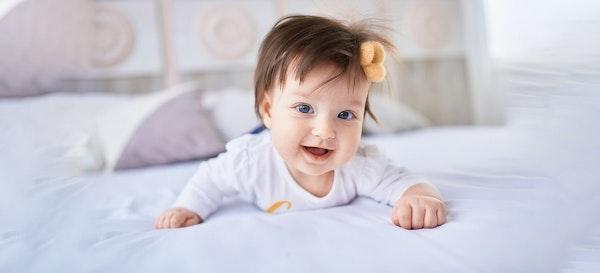 Agar Rambut Bayi Lebat, Aplikasikan Tips Berikut ini, Yuk!