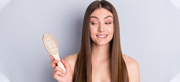 Cara Meluruskan Rambut Secara Alami dan Murah