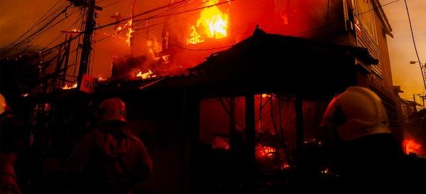 Cara Menghadapi Ancaman Risiko Kebakaran di Rumah