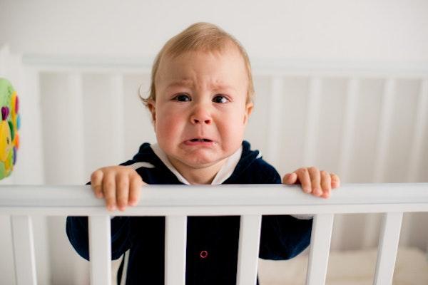 Cara Tepat Mengenali dan Mengatasi Alergi Susu Sapi Pada Si Kecil