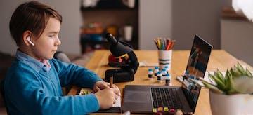 Ibu, Begini Cara Daftar Zoom Untuk Sekolah Online Si Kecil