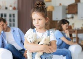 Ini Beda Dampak Perceraian Terhadap Anak Laki-Laki dan Perempuan