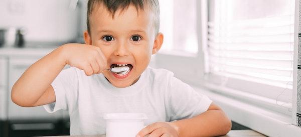 Jangan Sia-Siakan Manfaat dan Merk Yogurt Untuk Anak Terbaik