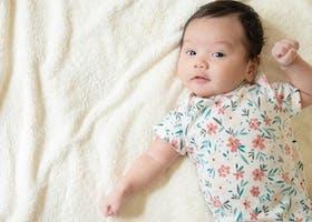 Inilah 4 Perkembangan Bayi 3 Bulan yang Menakjubkan!