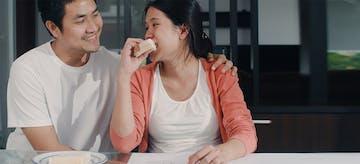 Jangan Asal Makan Ketika Ngidam Saat Hamil