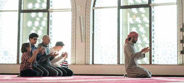 Parents, Ini Tips dan Adab Membawa Anak Kecil ke Masjid