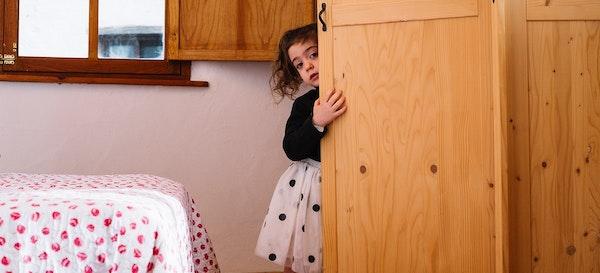 Menghadapi Anak Tertutup, Ibu Harus Apa?