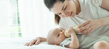 Perhatikan Ini Saat Memberi Susu Formula untuk Bayi