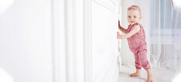 Perkembangan Anak 0-1 Tahun, Si Kecil Sudah Bisa Apa?