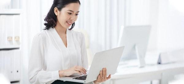 Rahasia Berbagi Peran dengan Suami Saat Istri Bekerja