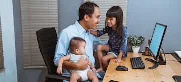 Rahasia Tetap Waras untuk Ayah Bekerja di Rumah