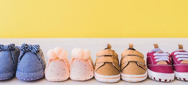 Rekomendasi Sepatu Anak untuk Membantu Tumbuh Kembang