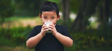 Susu Organik sebagai Pilihan Baru untuk Si Kecil