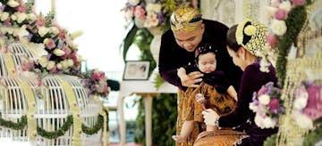 Tedak Siten, Ritual Masyarakat Jawa bagi Bayi