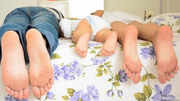 Yang Harus Dilakukan Jika Anak Melihat Orang Tua Berhubungan Intim