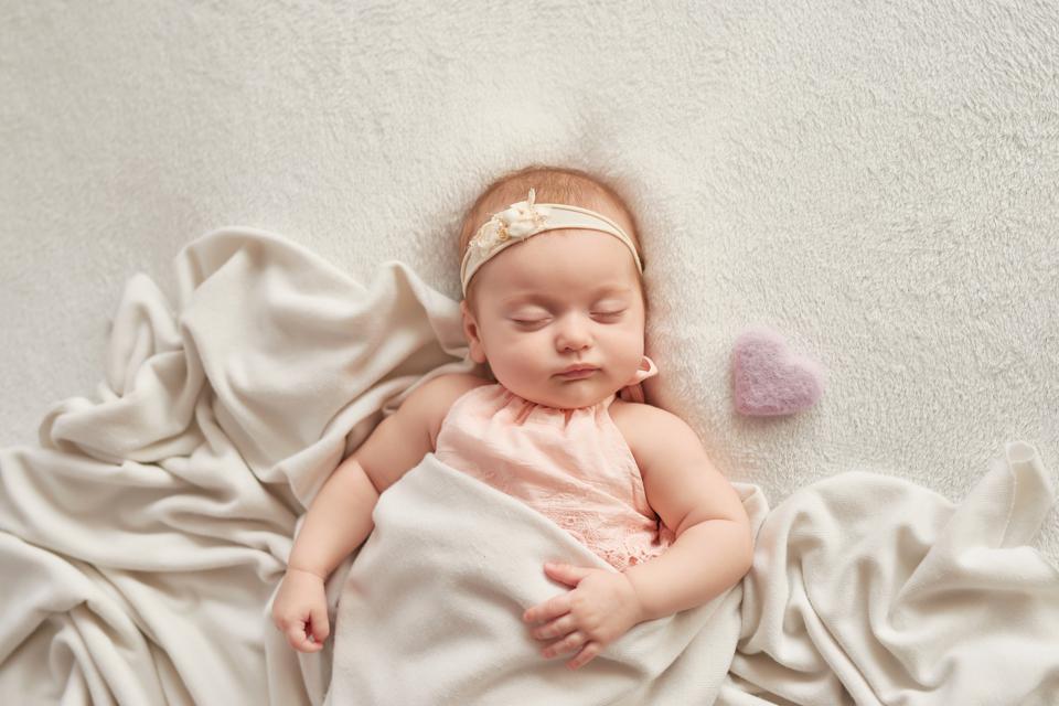 5-alasan-bayi-berkeringat-saat-tidur-berbahayakah-1