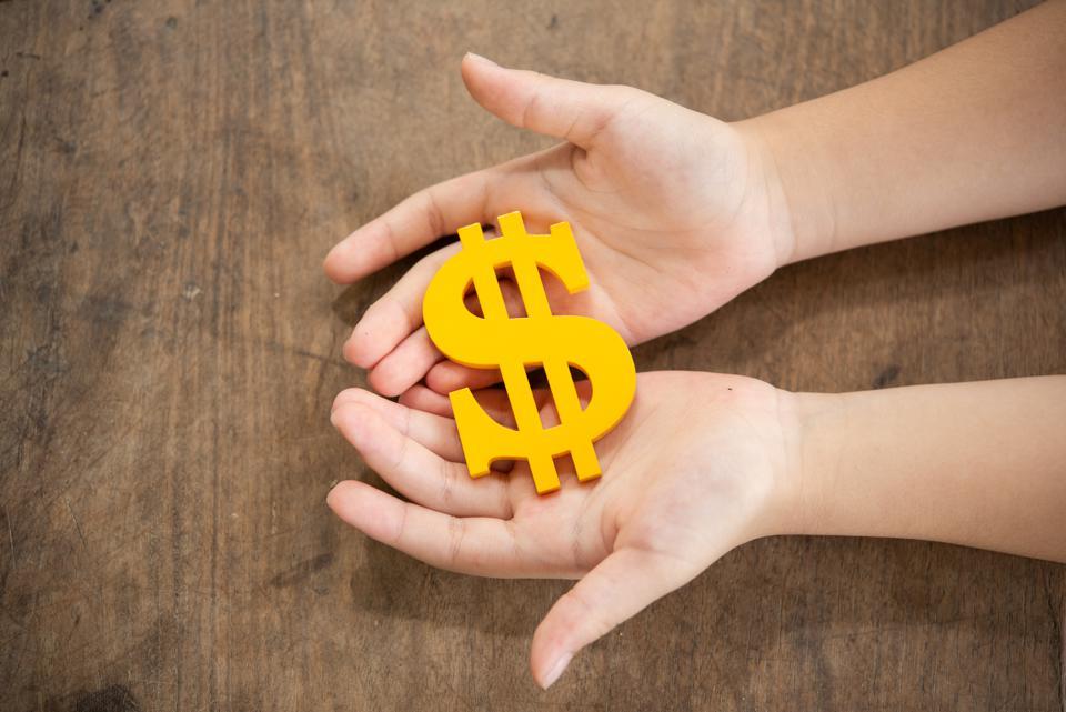 ini-caranya-memberi-anak-hadiah-agar-tidak-ketergantungan-3