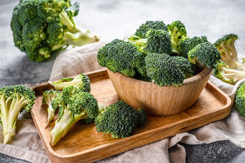pastikan-jadi-menu-rutin-ini-10-manfaat-brokoli-untuk-anak-2