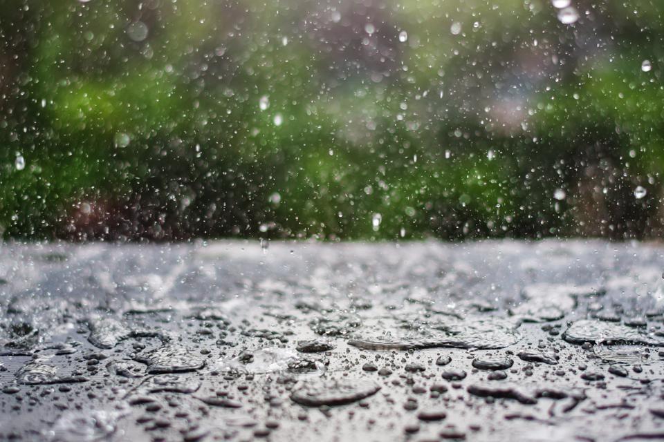 hujan-bukan-musibah-inilah-doa-turun-hujan-3